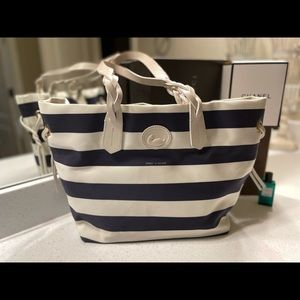 Beautiful Dooney and Bourke Navy and White Bag